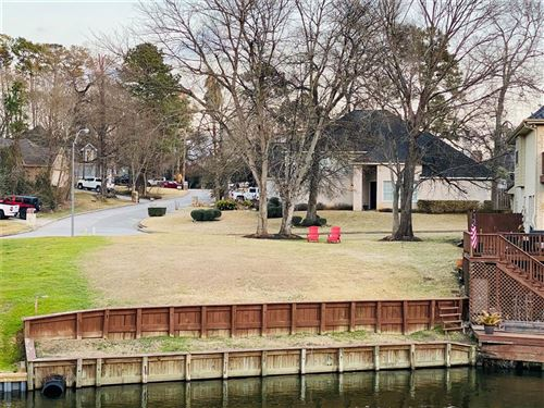 Photo of 3817 Northshore Drive, Montgomery, TX 77356 (MLS # 89112190)