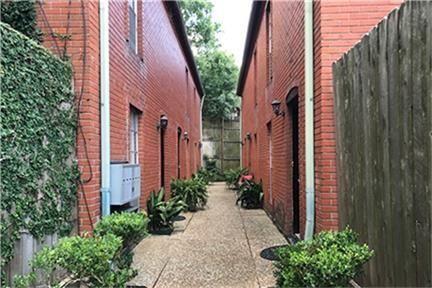 Photo of 2225 Mimosa Drive #A1, Houston, TX 77019 (MLS # 21475191)
