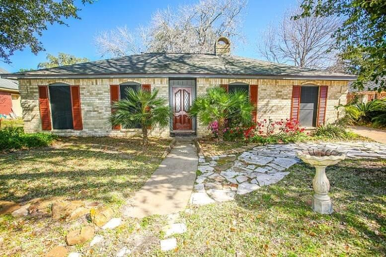 2582 Pinehurst Drive, West Columbia, TX 77486 - MLS#: 21926193