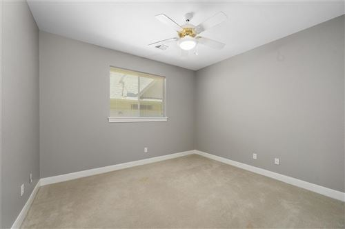 Tiny photo for 124 West Pines Drive, Montgomery, TX 77356 (MLS # 80166194)