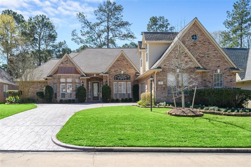 Photo for 124 West Pines Drive, Montgomery, TX 77356 (MLS # 80166194)