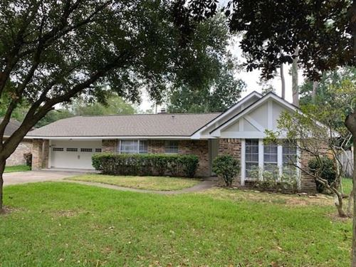 Photo of 2114 Woodway Drive, Woodbranch, TX 77357 (MLS # 53610195)