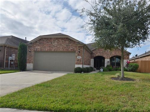 Photo of 1528 Tuscan Village Drive, League City, TX 77573 (MLS # 71011197)