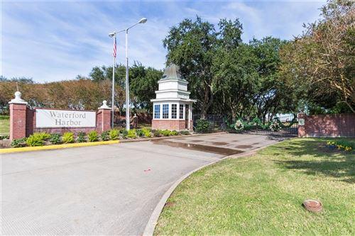 Photo of 716 Harborside Way, Kemah, TX 77565 (MLS # 26601199)