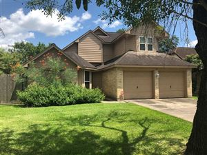 Photo of 701 Regency Court, Friendswood, TX 77546 (MLS # 50265199)