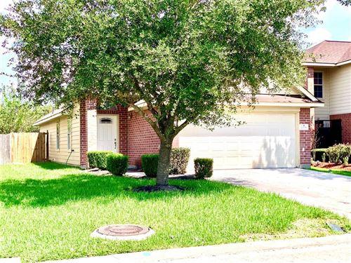 Photo of 14203 Noahs Landing Ln, Houston, TX 77047 (MLS # 62781201)