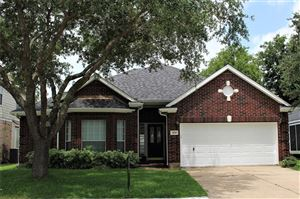 Photo of 1026 Sussex Trail, Pearland, TX 77584 (MLS # 15944202)