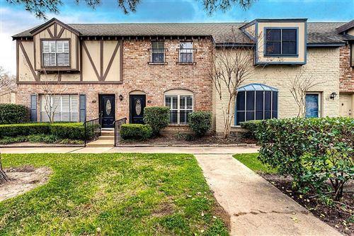 Photo of 14711 Barryknoll Lane #40, Houston, TX 77079 (MLS # 98616202)