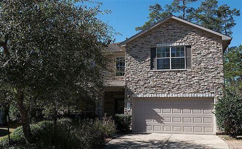 Photo of 7 Ebony Oaks Place, The Woodlands, TX 77382 (MLS # 80498204)