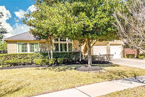 Photo of 13527 Breakwater Path Loop, Houston, TX 77044 (MLS # 10951209)