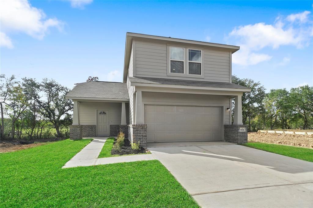 6447 Blimp Base Road, Hitchcock, TX 77563 - MLS#: 52853211