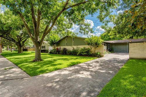 Photo of 2906 Westerland Drive, Houston, TX 77063 (MLS # 85921212)