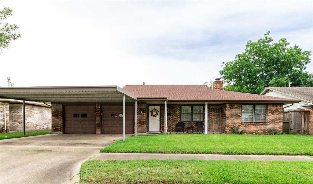 1109 S Amy Drive, Deer Park, TX 77536 - MLS#: 29464213