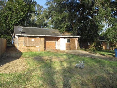 Photo of 408 Cedar St Street, Sweeny, TX 77480 (MLS # 36379217)