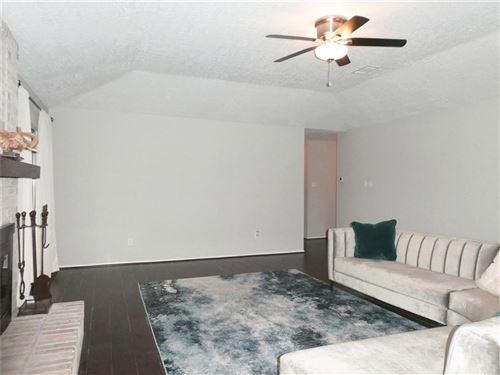 Tiny photo for 3318 Chalfont Drive, Houston, TX 77066 (MLS # 24505223)