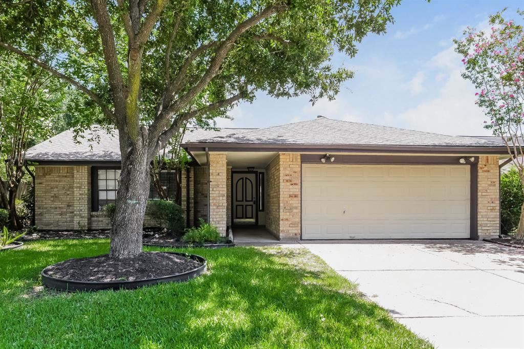 Photo for 12031 Hedgegate Drive, Houston, TX 77065 (MLS # 18547229)