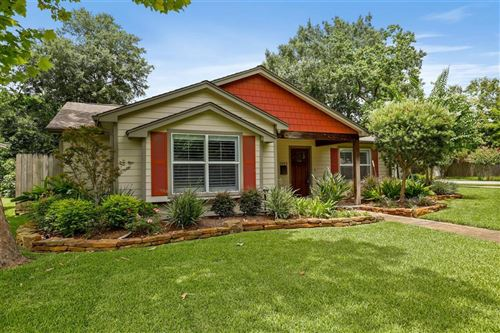 Photo of 1802 Woodcrest Drive, Houston, TX 77018 (MLS # 57947233)