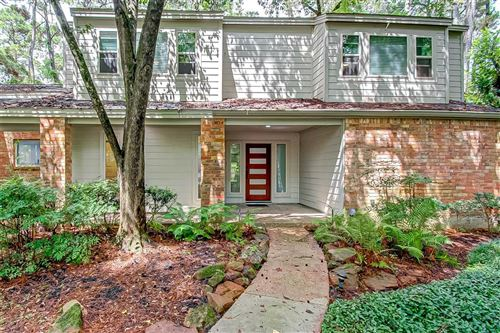 Photo of 9 Summit Lake Drive, Houston, TX 77339 (MLS # 97297233)