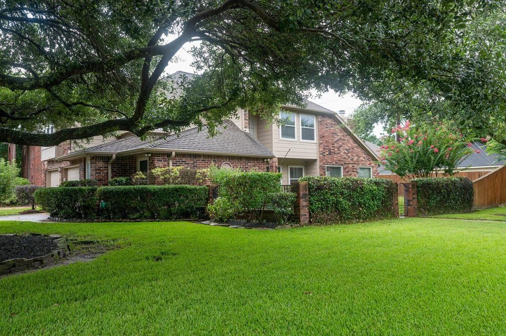 Photo for 11402 Crayford Drive, Houston, TX 77065 (MLS # 46630234)