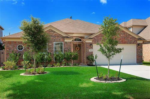 Photo of 10127 N Whimbrel Circle, Conroe, TX 77385 (MLS # 30905235)