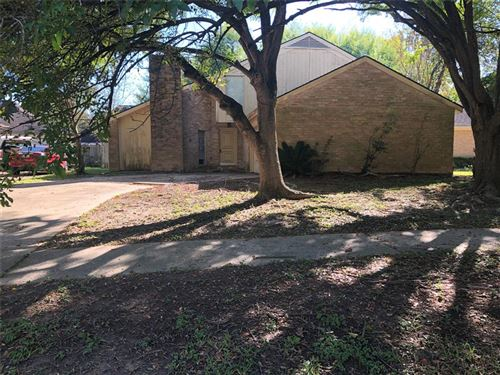 Photo of 15627 Montesa Drive, Houston, TX 77083 (MLS # 91121238)