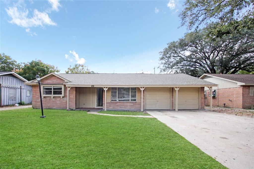 Photo for 8711 Shadow Crest Street, Houston, TX 77074 (MLS # 14584241)