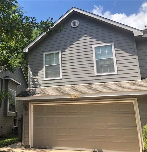 Photo of 211 Blushwood Place, The Woodlands, TX 77382 (MLS # 43648242)