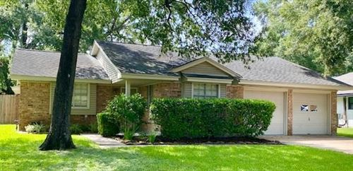 Photo of 446 Fintona Way, Houston, TX 77015 (MLS # 64244242)