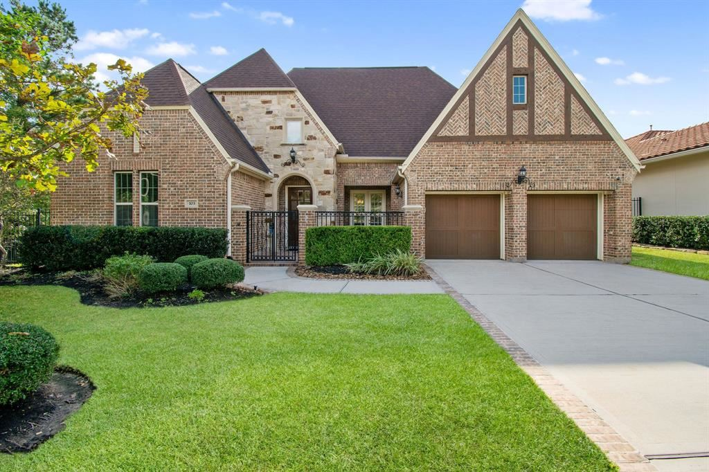 Photo for 103 Turnberry Court, Montgomery, TX 77316 (MLS # 10024242)