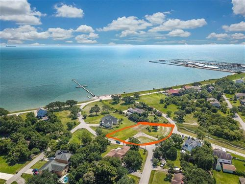 Photo of 130 Shore Acres Boulevard, Shoreacres, TX 77571 (MLS # 2775243)