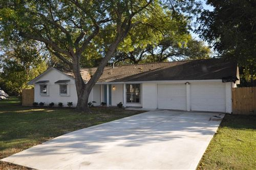 Photo of 213 Fairfield Street, Shoreacres, TX 77571 (MLS # 13313249)