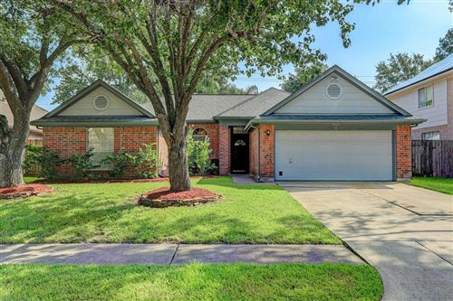 Photo of 16023 Copper Canyon Drive, Friendswood, TX 77546 (MLS # 92736249)