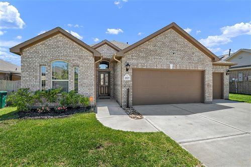 Photo of 2527 Holly Laurel Manor, Conroe, TX 77304 (MLS # 56328252)