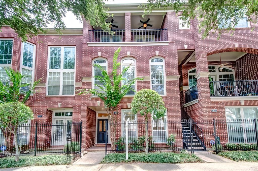 Photo for 420 Mcgowen Street, Houston, TX 77006 (MLS # 44477252)