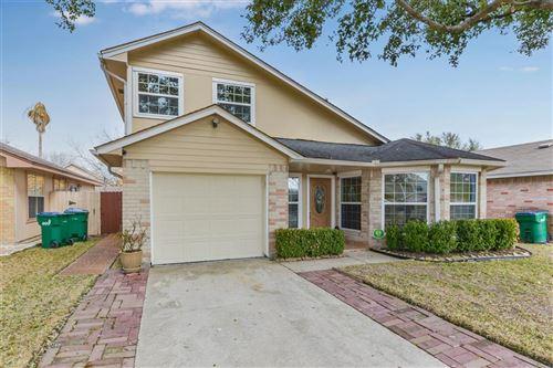 Photo of 3822 Mohlerbruk Drive, Houston, TX 77066 (MLS # 81078255)