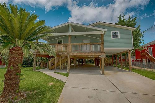 Photo of 615 Pine Road, Clear Lake Shores, TX 77565 (MLS # 92909263)