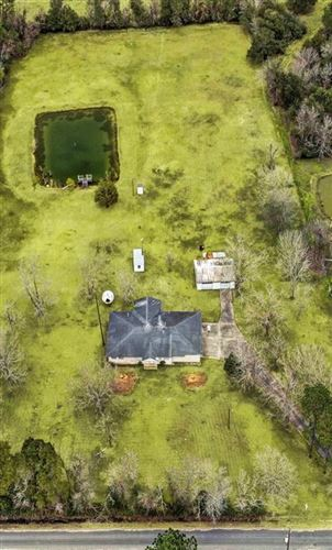 Photo of 17622 Auction Barn Road, Alvin, TX 77511 (MLS # 97775263)