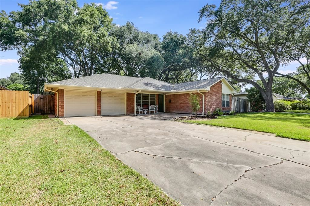6010 Clarewood Drive, Houston, TX 77081 - MLS#: 24823263