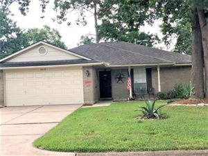 Photo of 2622 Sherwood Hollow Lane, Houston, TX 77339 (MLS # 87788264)