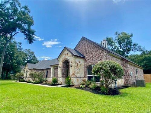 Photo of 818 Commons Lake Edge Drive, Huffman, TX 77336 (MLS # 68953267)