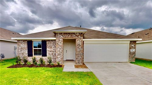 Photo of 542 Road 5138, Cleveland, TX 77327 (MLS # 12880268)