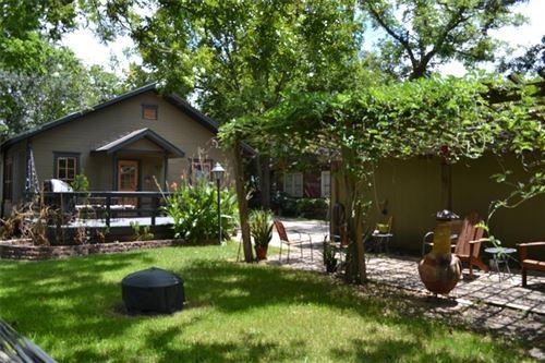 Photo of 1413 Lawrence Street, Houston, TX 77008 (MLS # 81980268)