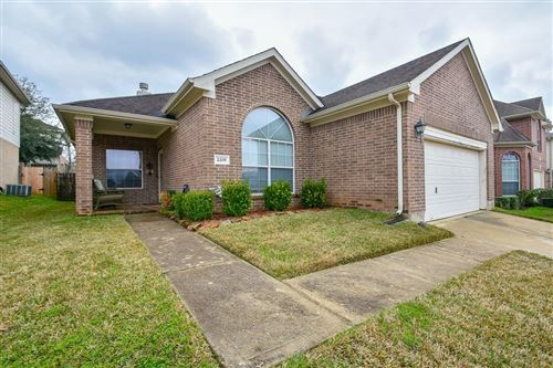 Photo of 2205 Perkins Crossing Dr Drive, Conroe, TX 77304 (MLS # 94476268)