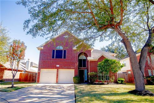Photo of 8211 Cliffshire Court, Houston, TX 77083 (MLS # 94359270)