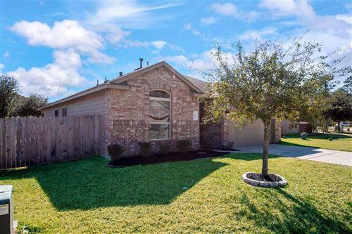 Photo of 11443 W Woodmark, Conroe, TX 77304 (MLS # 55139272)