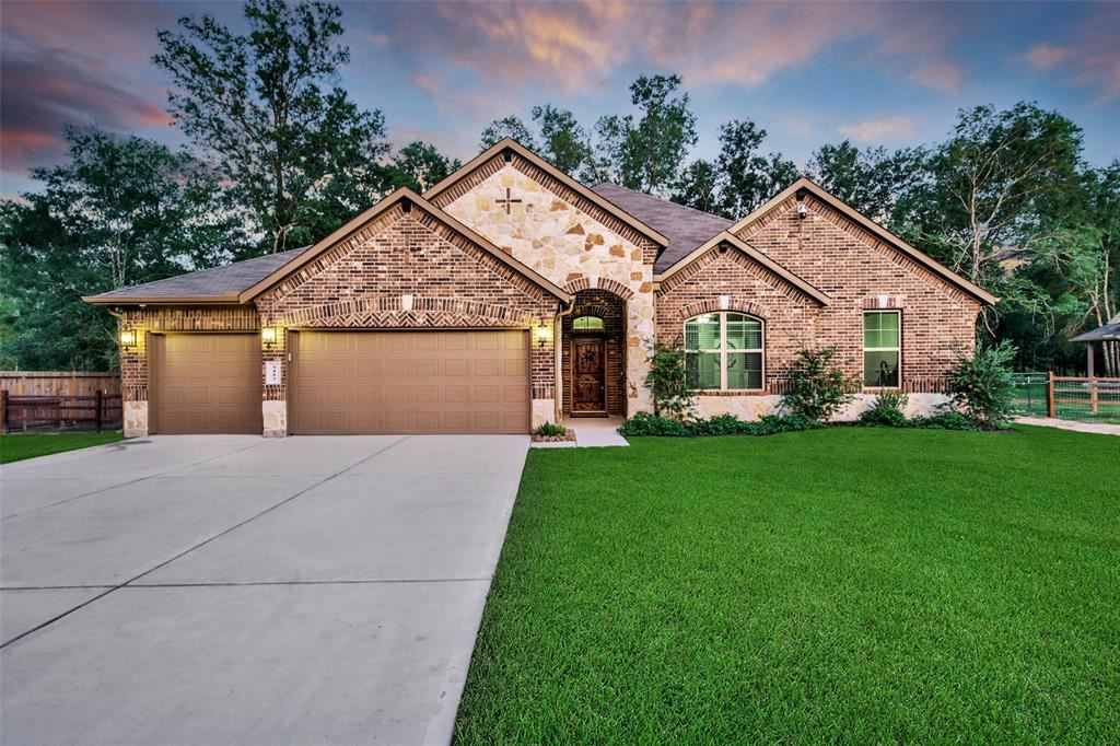 Photo for 9183 White Tail Drive, Conroe, TX 77303 (MLS # 47863273)