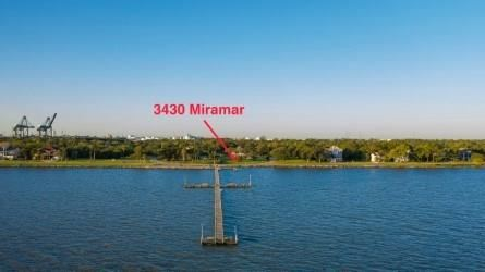 Photo of 3430 Miramar Drive, Shoreacres, TX 77571 (MLS # 96438277)