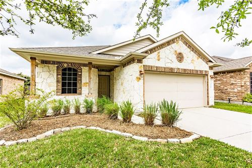 Photo of 3206 Carriage Cove Court, Dickinson, TX 77539 (MLS # 49786278)
