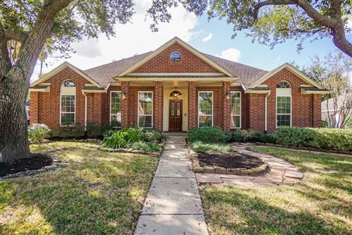 Photo of 1135 LAKE ESTATES Drive, Sugar Land, TX 77498 (MLS # 56391282)
