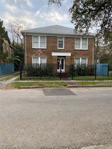 Photo of 1323 W Bell Street, Houston, TX 77019 (MLS # 64365282)